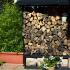 Wand aus Brennholz_2